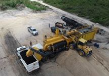 Asphalt plant LX 5001 at work site